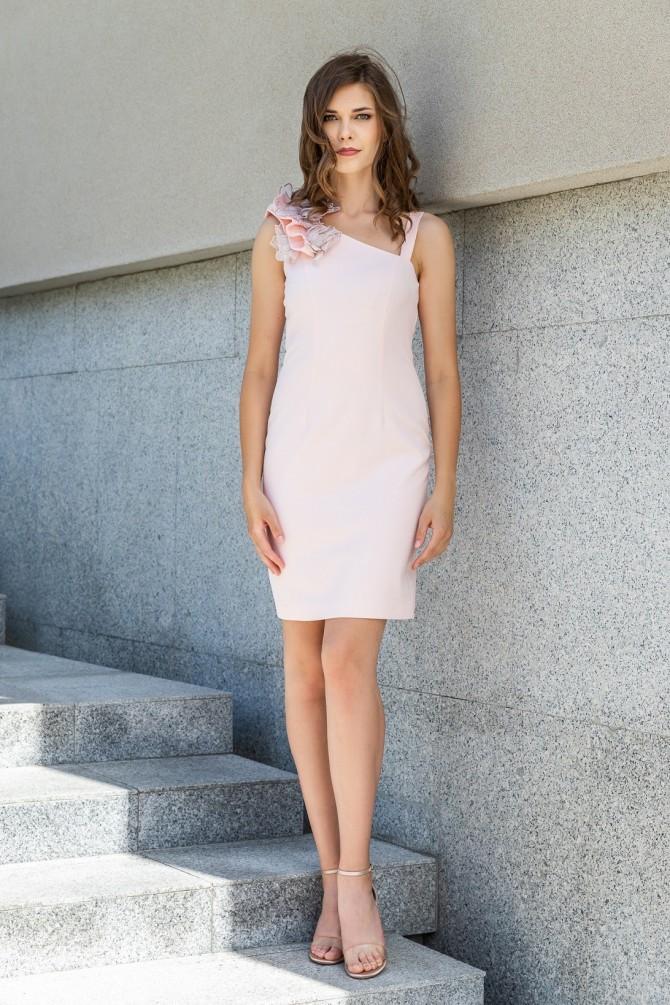 Elegancka Sukienka Rebucja